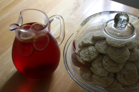 rosemary lemon zest sugar cookies & sparkling juice with lemon slices