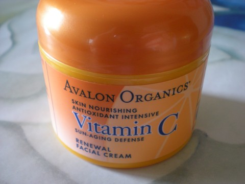 Avalon Organics Vitamin C cream closed