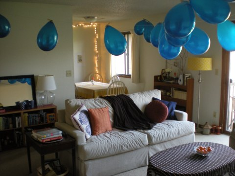 balloon swags across the living room