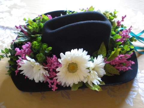 wreath on hat brim