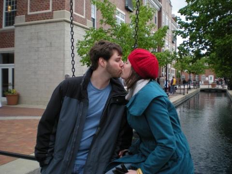 kiss on the canal bridge